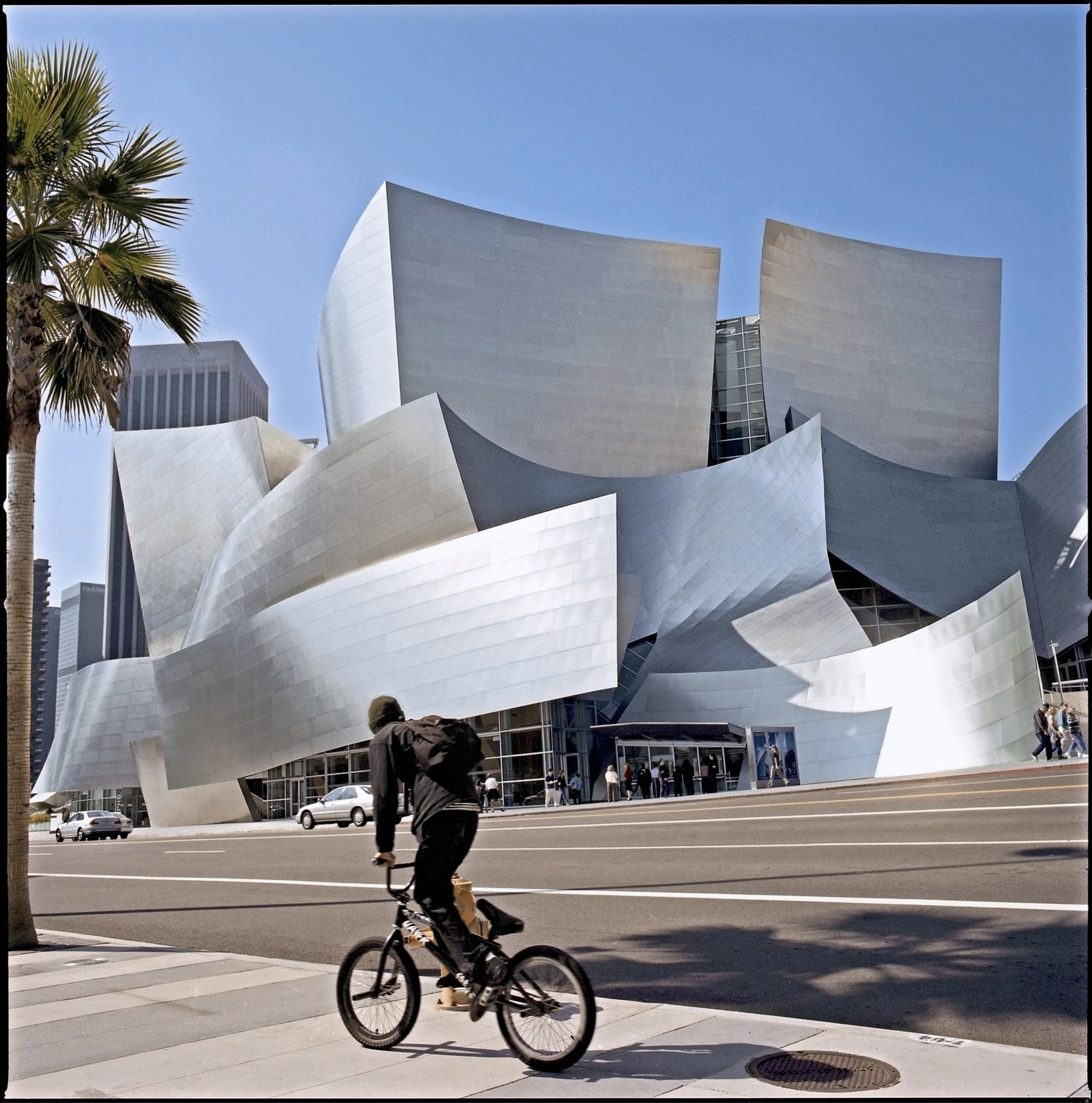 Walt Disney Concert Hall, Los Angeles, California, Frank Gehry architect, 2005