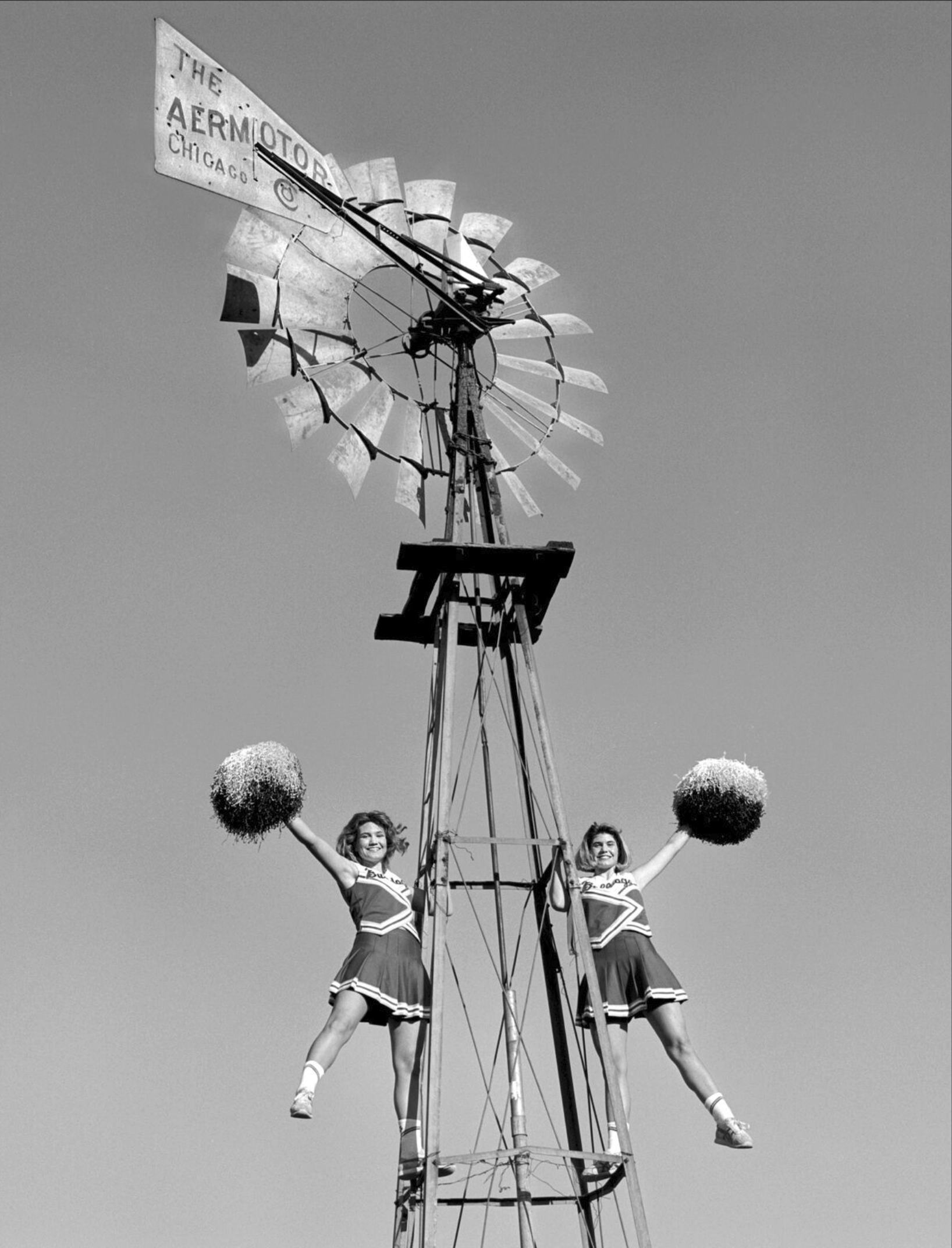 Mullen Chearleaders, Taffy Watts and Tami Watts, Comanche, Texas, 1995